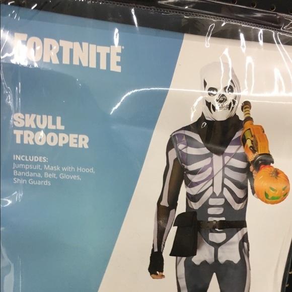Fortnite Skull Trooper Costume Men's Size Large NWT